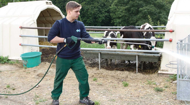 Bei easyfarm365+ gibt es jetzt auch den Hochdruckschlauch und die professionelle Pistolen für den Agrarbereich