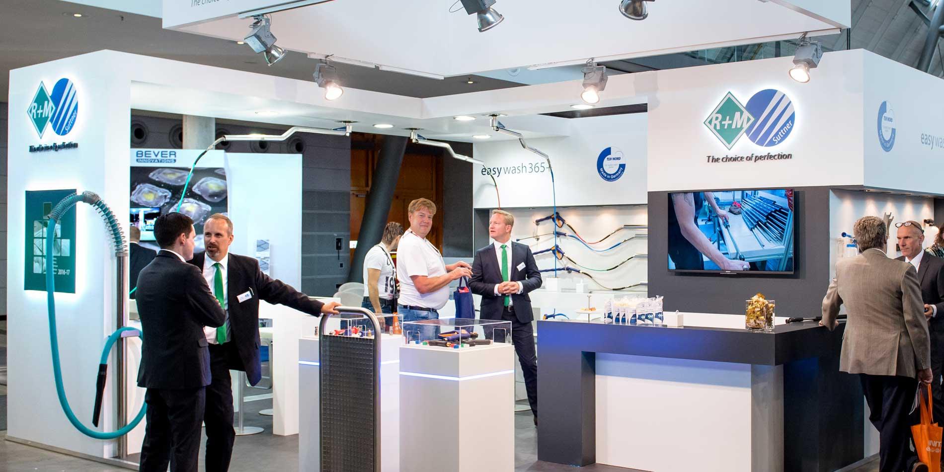 Unser Messestand auf der Messe Uniti Expo in Stuttgart mit unseren Mitarbeitern