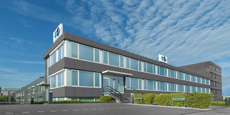 Das Firmengebäude der R+M de Wit GmbH in Velbert