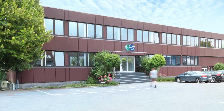 Das Firmengebäude von Suttner